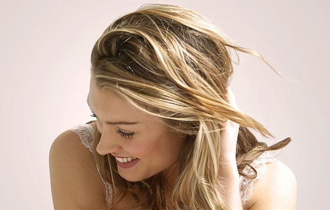 Coloring Virgin Hair Tips | Clairol